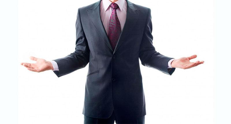El expositor muestra las palmas de sus manos.  Quiere mostrar...